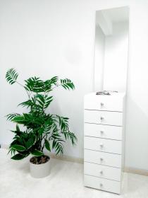toaletní stolek se zrcadlem NINO+dárková kosmetická sada
